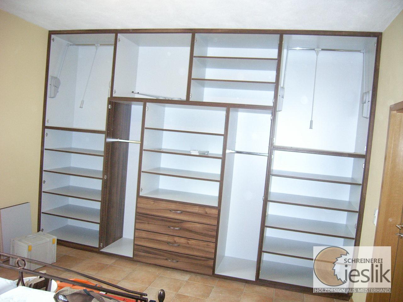 kleiderschrank inneneinteilung bestseller shop f r m bel und einrichtungen. Black Bedroom Furniture Sets. Home Design Ideas